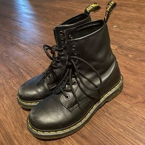 Dr. Martens Black Classic Leather Boot Size 7
